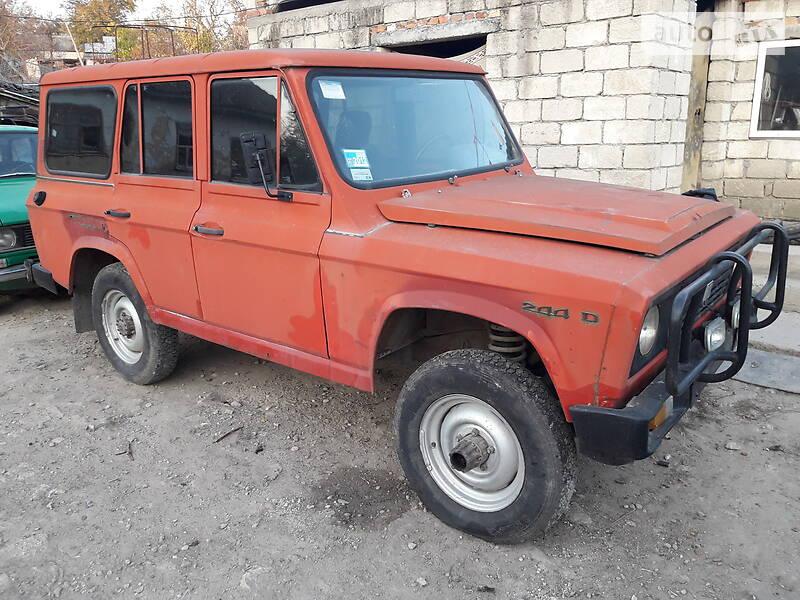 Aro 244 1990 в Мурованых Куриловцах