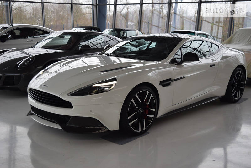 Aston Martin Vanquish 2018 року