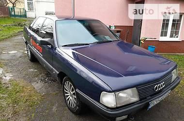 Седан Audi 100 1989 в Трускавце