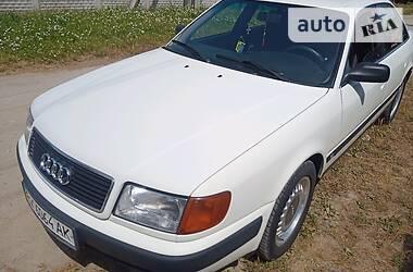 Седан Audi 100 1992 в Славуті