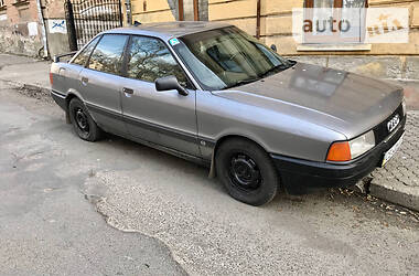 Audi 80 1990 в Черновцах