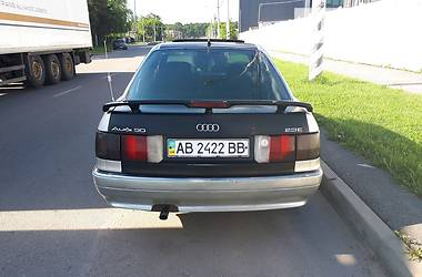 Седан Audi 90 1987 в Виннице