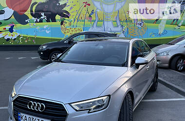 Седан Audi A3 2014 в Києві