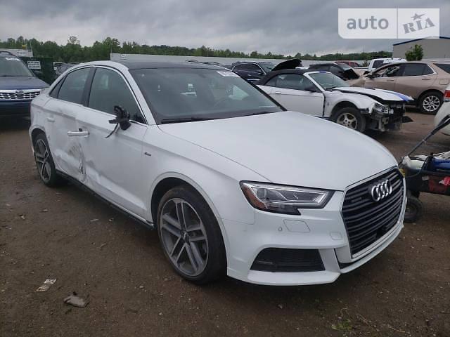 Седан Audi A3 2018 в Харькове