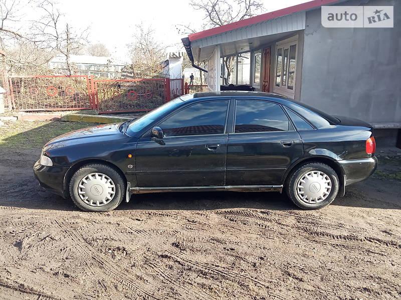 Audi A4 1996 в Шумске
