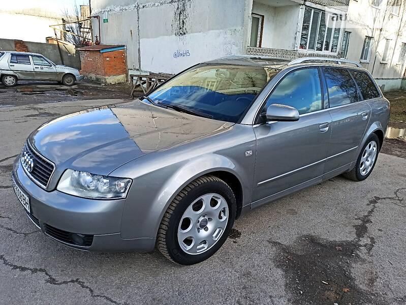Audi A4 2004 в Ромнах