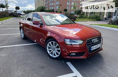 Седан Audi A4 2012 в Киеве
