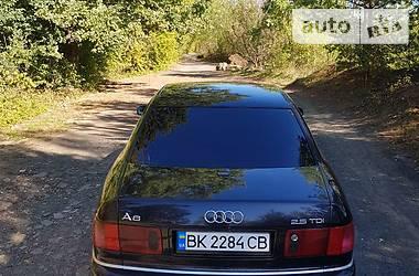 Audi A8 2000 в Березному