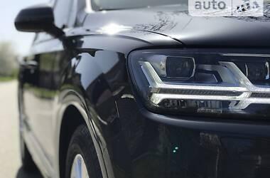 Позашляховик / Кросовер Audi Q7 2015 в Києві