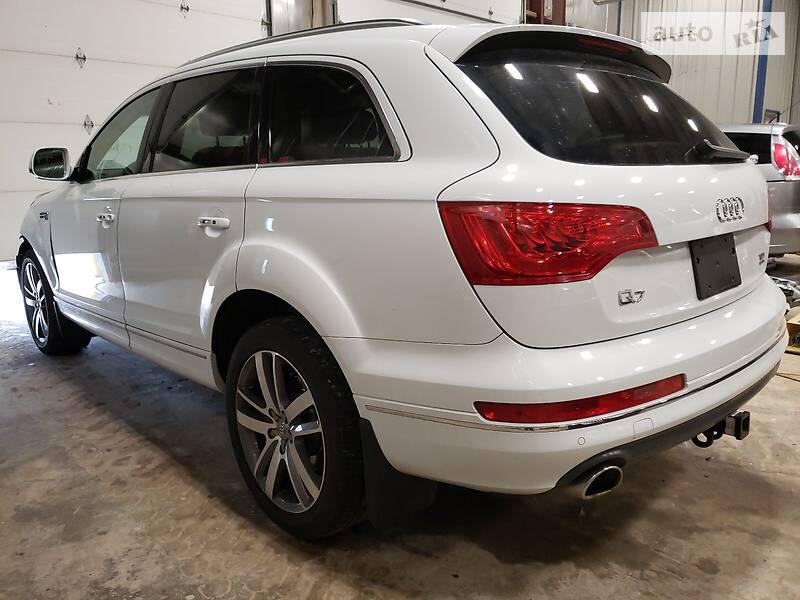 Внедорожник / Кроссовер Audi Q7 2014 в Киеве