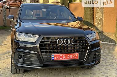 Позашляховик / Кросовер Audi Q7 2016 в Чернівцях