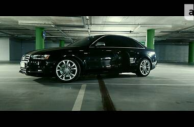 Седан Audi S4 2013 в Киеве