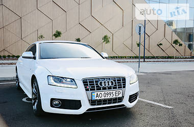 Купе Audi S5 2008 в Мукачевому