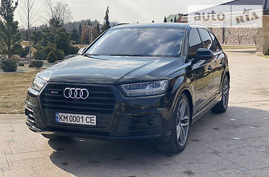 Audi SQ7 2017 в Новограде-Волынском