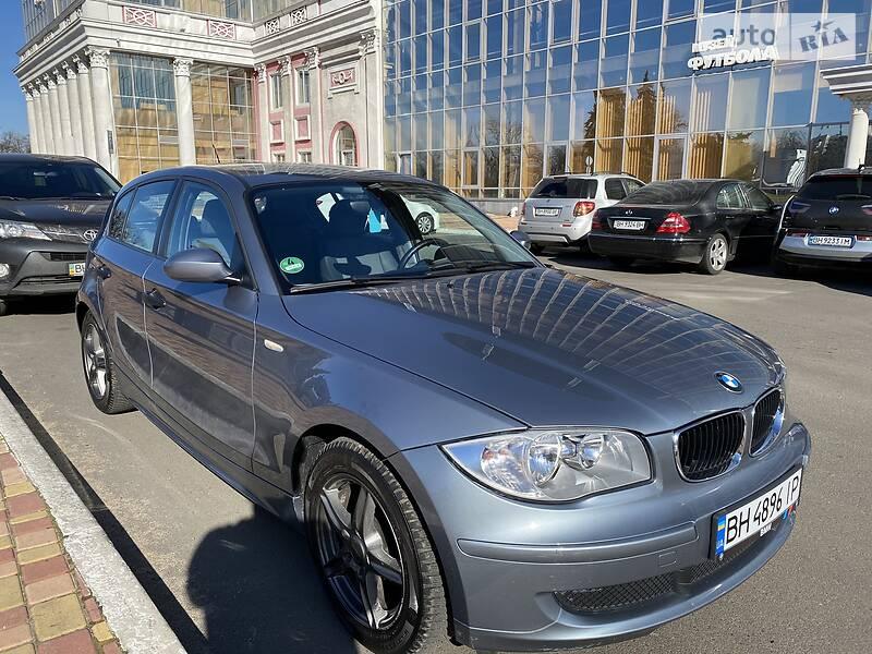 Хетчбек BMW 118 2005 в Одесі