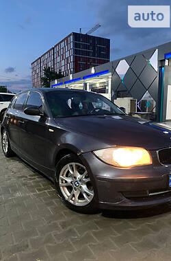 Хэтчбек BMW 118 2007 в Киеве