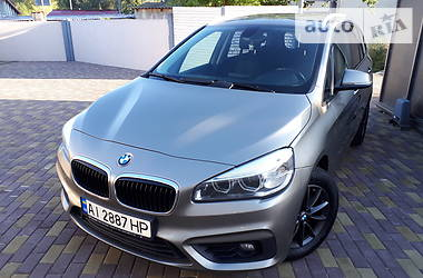 Минивэн BMW 218 2015 в Иванкове