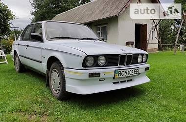 Седан BMW 318 1986 в Стрию