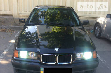 BMW 320 1995 в Харькове
