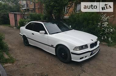 BMW 320 1994 в Черновцах
