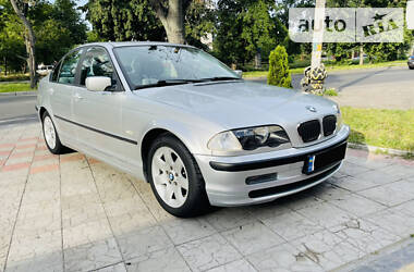 Седан BMW 320 2001 в Черкасах