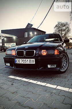 BMW 323 1997 в Черновцах