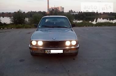 BMW 324 1987 в Киеве