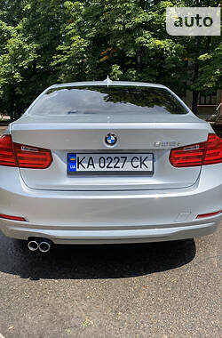 Седан BMW 328 2012 в Киеве