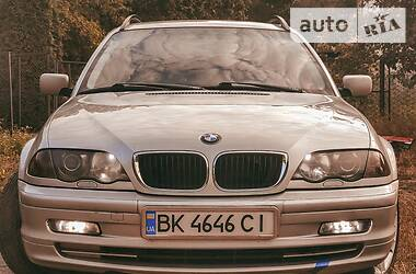 Универсал BMW 330 2001 в Ровно