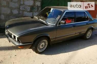 BMW 520 e28 520i 1987