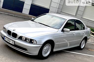 Седан BMW 520 2001 в Днепре