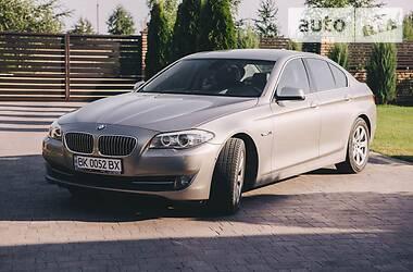 Седан BMW 520 2011 в Ровно
