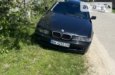 Седан BMW 525 2001 в Нетешине