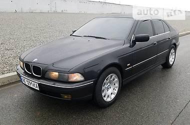 BMW 530 2000 в Днепре