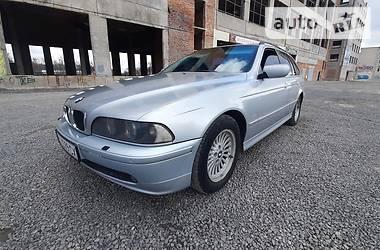 Универсал BMW 530 2002 в Зборове
