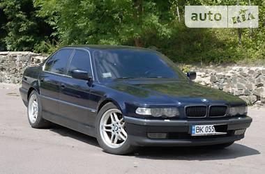 BMW 735 2000 в Ровно