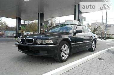 BMW 735 2001 в Черновцах