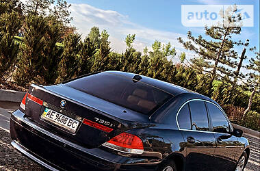 Седан BMW 735 2004 в Днепре