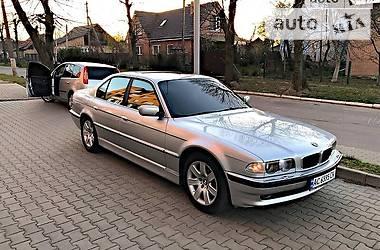 Седан BMW 740 2001 в Львове