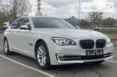 Седан BMW 740 2013 в Киеве