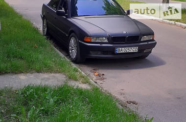 Седан BMW 750 1995 в Новоархангельске