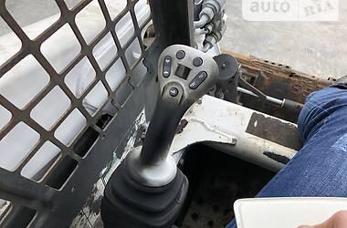 Міні-вантажник Bobcat T250 2004 в Львові