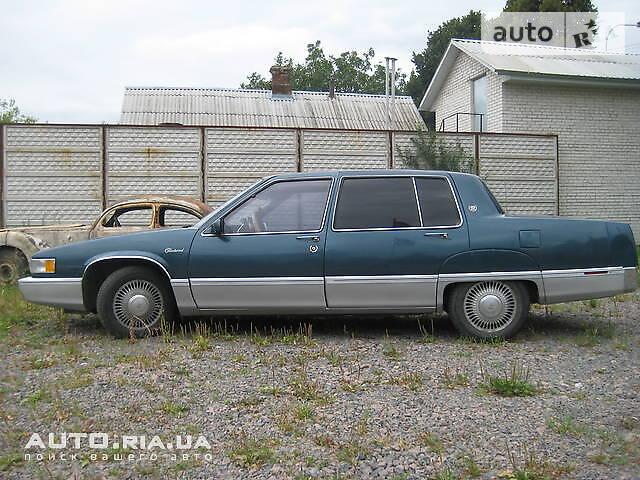 Cadillac Fleetwood 1990 в Ровно