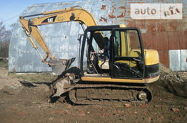 Гусеничный экскаватор Caterpillar 307 2001 в Надворной