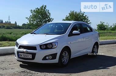 Седан Chevrolet Aveo 2013 в Ровно