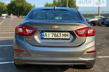 Седан Chevrolet Cruze 2018 в Киеве