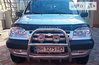 Chevrolet Niva 2004 в Окнах