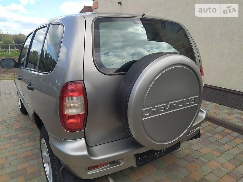 Chevrolet Niva GLC