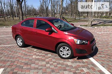 Седан Chevrolet Sonic 2015 в Кропивницком
