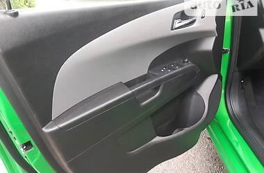 Седан Chevrolet Sonic 2015 в Дніпрі